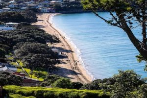 Read more about the article Best Beaches In Auckland